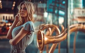 Обои взгляд, стекло, девушка, отражение, руки, Marco Squassina, Sofia Belli