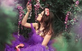 Картинка взгляд, девушка, цветы, поза, платье, шатенка