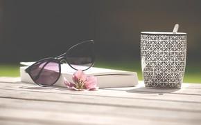 Картинка лето, отдых, кофе, очки, книга