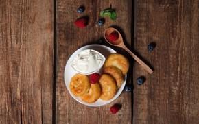 Картинка ягоды, завтрак, wood, сметана, сырники