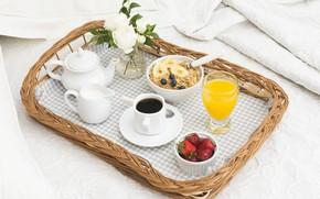Картинка кофе, розы, завтрак, сливки, клубника, сок, мюсли