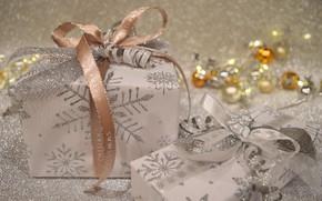 Картинка шарики, снежинки, сияние, праздник, коробка, подарок, блеск, Рождество, лента, подарки, Новый год, бусы, позолота, коробки, …