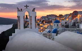 Картинка море, пейзаж, закат, город, остров, дома, Санторини, Греция, купола, колокольня, Тира, Ия