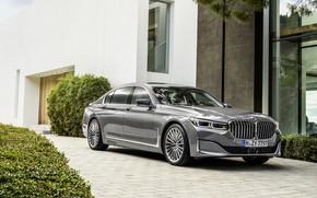 Картинка дом, BMW, седан, 750Li, четырёхдверный, G12, G11, 7er, 7-series, 2019, серо-серебристый