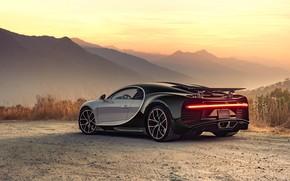 Обои закат, вечер, Bugatti, суперкар, 2018, гиперкар, Chiron