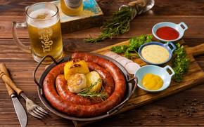Картинка пиво, петрушка, колбаса, чеснок, розмарин, соусы
