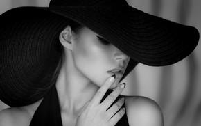 Обои black & white, fashion, dress, hat, style, photo, photographer, monochrome, model, lips, face, b&w, portrait, ...