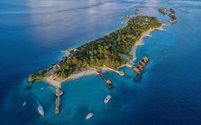 Картинка пальмы, океан, остров, лодки, Мальдивы, курорт, вид сверху, Maldives, над водой, aerial, бунгала, Jumeirah Vittaveli