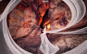 Картинка взгляд, девушка, фото, скалы, шлейф, платье, Joshua Chang