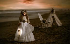 Картинка ночь, берег, девочка
