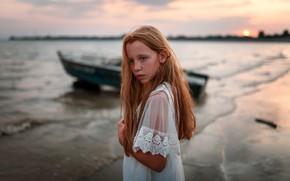 Картинка девочка, лодка, веснушки, Ульяна Найденкова