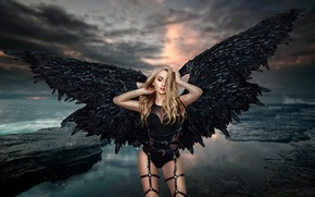 Обои море, девушка, крылья, ангел, сбруя, Ренат Хисматулин