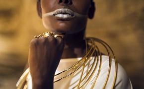 Картинка модель, кольца, макияж, мода, чернокожая