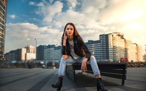 Картинка взгляд, девушка, поза, волосы, джинсы, шатенка, боке, Arina, Dmitry Medved