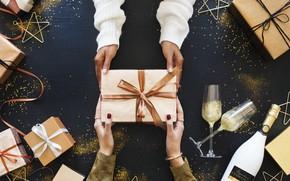 Картинка праздник, новый год, бокалы, подарки, шампанское, Celebration