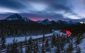 Картинка зима, лес, закат, горы, огни, река, поезд, ели, Канада, Альберта, Banff National Park, Alberta, Canada, ...