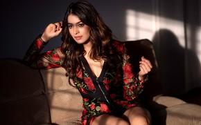 Картинка girl, beautiful, model, indian, actress, bollywood, girl on sofa, Latha hegde