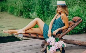 Картинка взгляд, девушка, цветы, модель, шляпа, ножки, красотка, Вебер Лилия