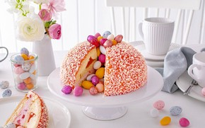 Картинка кулич, пасхальные яйца, на столе, ранункулюсы, Easter cake
