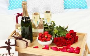 Картинка Бутылка, Клубника, Розы, Праздник, Подарки, Шампанское, День рождение