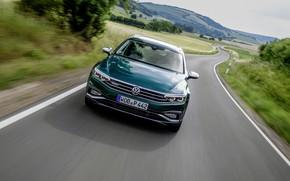 Картинка Volkswagen, вид спереди, универсал, Passat, тёмно-зелёный, Alltrack, 2019