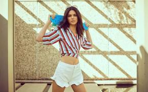 Картинка взгляд, девушка, поза, шорты, фигура, блузка, Kendall Jenner, Calvin Klien