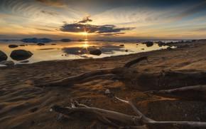 Картинка Закат, Вода, Песок, Отражение, Пляж, Коряги, Окоём, Валуны, Ярило, Сушняк