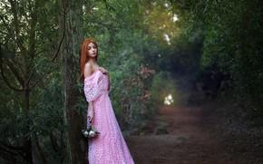 Картинка дорога, лес, девушка, цветы