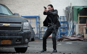 Картинка машина, поза, оружие, костюм, Киану Ривз, Keanu Reeves, John Wick, Джон Уик