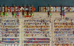 Картинка Порт, Сверху, Судно, Вид сверху, Контейнеровоз, Терминал, Контейнеровозы, Работа, Контейнерный терминал