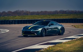 Картинка Aston Martin, купе, Vantage, на трассе, МКПП, AMR, 2019, 510 л.с., 4 л., V8 twin-turbo