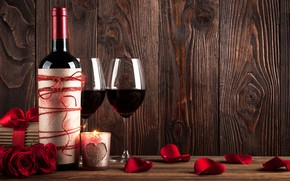 Картинка цветы, подарок, вино, романтика, розы, свеча, лепестки, бокалы, Valentine's Day, День Святого Валентина