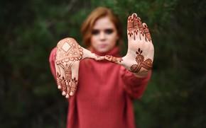 Картинка девушка, рисунок, Лиза, Игорь Кондуков, две ладошки