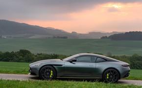 Картинка закат, Aston Martin, вид сбоку, 2018, DB11, AMR, Signature Edition