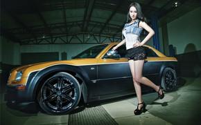 Картинка авто, Девушки, Chrysler, азиатка, красивая девушка, взгля