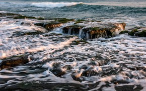 Картинка море, волны, камни, прибой, морская пена