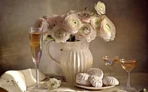 Картинка цветы, бокалы, кувшин, натюрморт, шампанское, десерт, лютики, зефир, салфетки