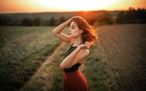 Картинка лето, девушка, солнце, украшения, закат, природа, поза, серьги, рыжая, Jiri Tulach