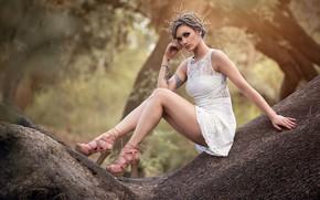Картинка девушка, модель, платье, ножки, венок, Victoria