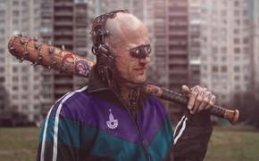 Картинка Киборг, Cyberpunk, Город, Art, RUSSIA, Fantasy, Район, Robot, Спортивный костюм, Боль, Бандит, Robots, Evgeny Zubkov, …