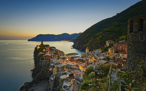 Картинка море, горы, город, дома, вечер, Италия, Вернацца, Vernazza, Лигурия