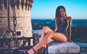 Картинка девушка, поза, ноги, шорты, Marco Squassina, Ilenia Luzzara