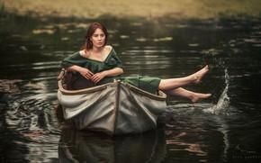 Картинка вода, девушка, поза, река, лодка, ножки, Adam Wawrzyniak