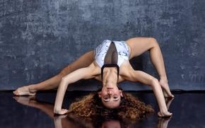 Картинка девушка, поза, гимнастка