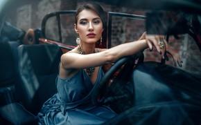 Картинка машина, авто, взгляд, девушка, украшения, поза, стиль, руки, макияж, платье, маникюр, Максим Кузин, Maks Kuzin