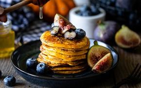Картинка блинчики, инжир, черника, ягоды, мед, завтрак