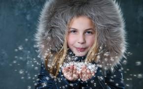 Картинка зима, снег, куртка, девочка, мех