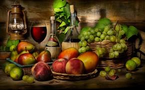 Картинка темный фон, вино, доски, бокал, бутылка, еда, виноград, посуда, лайм, фрукты, манго, натюрморт, корзинка, персики, …