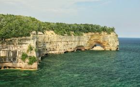 Картинка небо, солнце, деревья, озеро, камни, скалы, берег, горизонт, США, Michigan