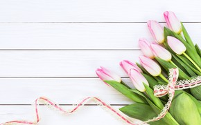 Картинка цветы, букет, лента, тюльпаны, розовые, wood, pink, flowers, beautiful, romantic, tulips, spring